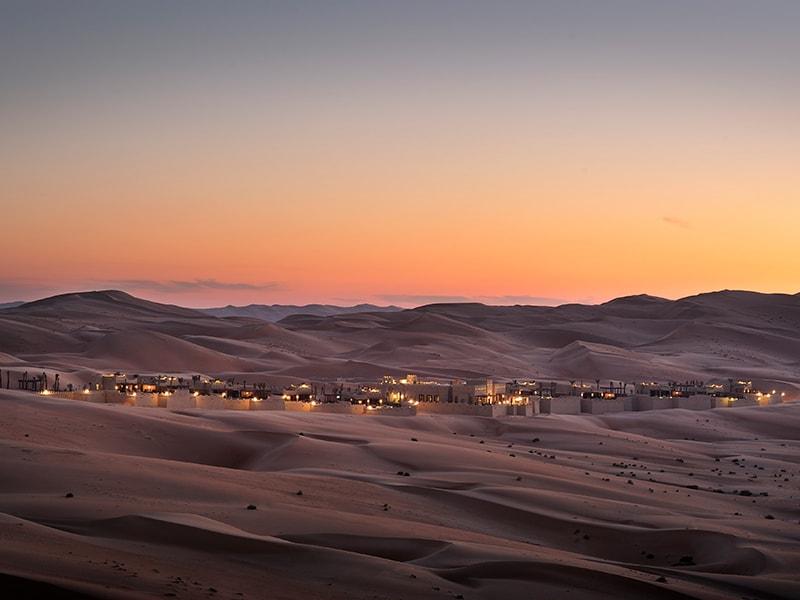 Dubai / Abu Dhabi. Cena exclusiva en mitad del desierto