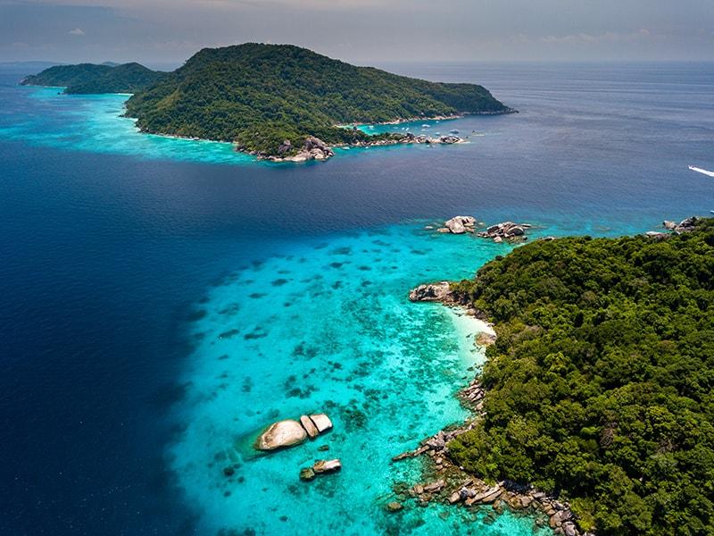 Fiji. Sobrevolar en hidroavión las miles de islas