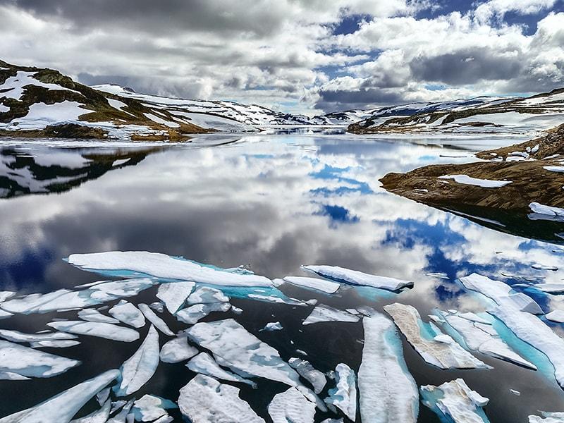 Ártico Noruego. Recorrido privado en zódiacs