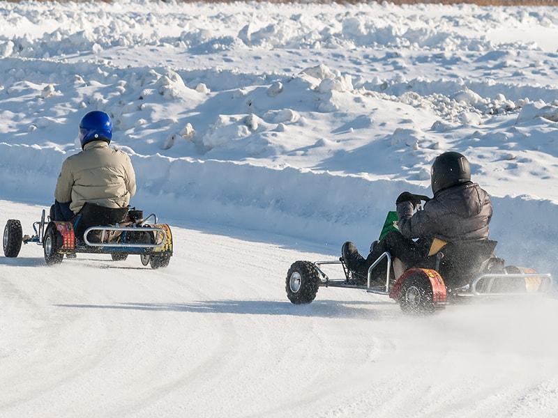 Finlandia. Recorrido por un circuito de Karting