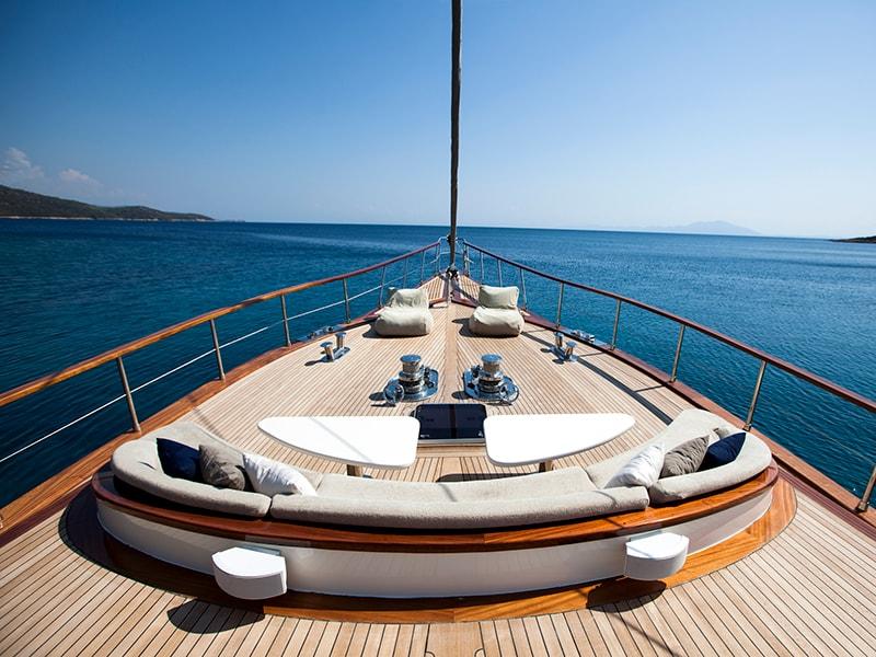 Playas de América. Subirse a bordo de un barco de lujo