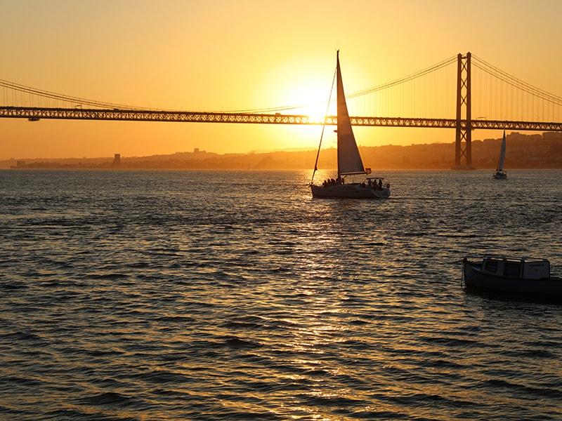 Portugal. Paseo en velero privado