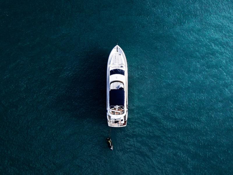 España. Navegue en yate privado